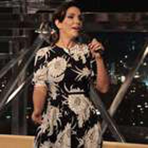 Ivete Sangalo usa vestido de R$ 7,4 mil no