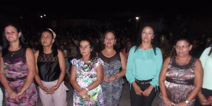 Muita alegria e emoção marcaram a festa em comemoração ao dia das Mães em Francisco Ayres