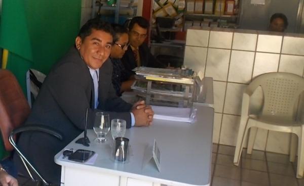 Prefeita Gadocha prestigia  reunião da Câmara de vereadores em Canavieira  - Imagem 7