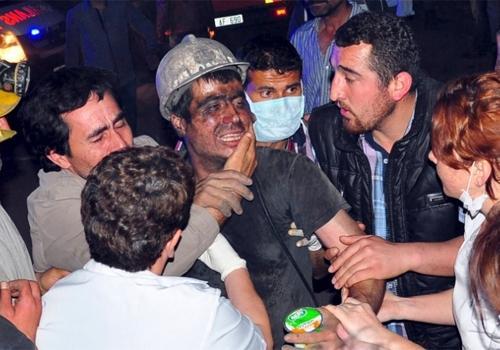 Explosão em mina de carvão na Turquia deixa mais de 200 mortos