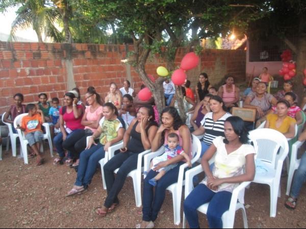 O CRAS de Cristalândia do Piauí nessa quarta-feira homenageou as mães com apresentações. - Imagem 15