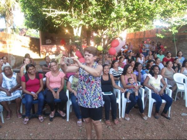 O CRAS de Cristalândia do Piauí nessa quarta-feira homenageou as mães com apresentações. - Imagem 21