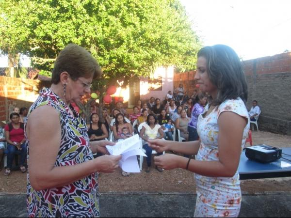 O CRAS de Cristalândia do Piauí nessa quarta-feira homenageou as mães com apresentações. - Imagem 20