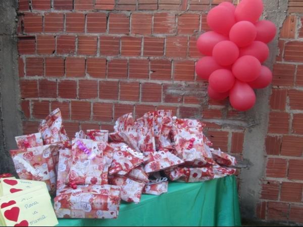 O CRAS de Cristalândia do Piauí nessa quarta-feira homenageou as mães com apresentações. - Imagem 14