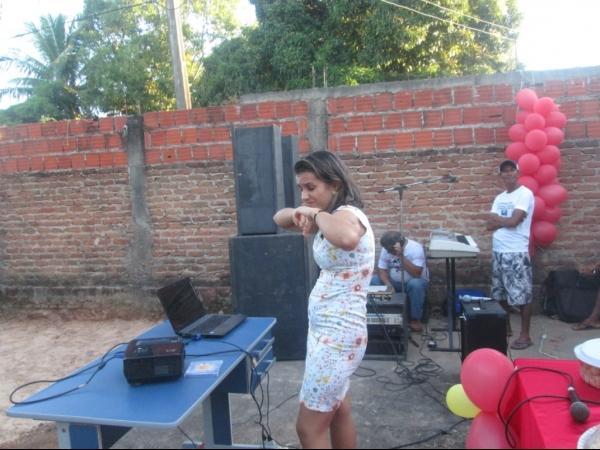 O CRAS de Cristalândia do Piauí nessa quarta-feira homenageou as mães com apresentações. - Imagem 16