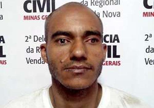 Suspeito é preso e amarrado por algumas testemunhas de assalto