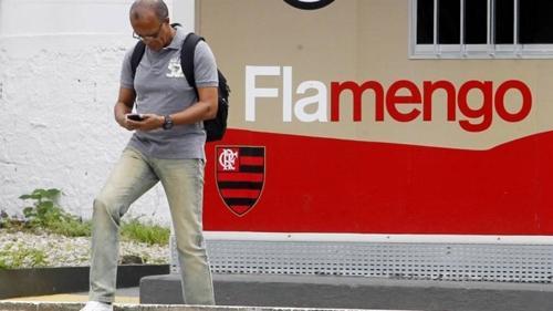 Demitido, Jayme cobra R$ 500 mil do Flamengo
