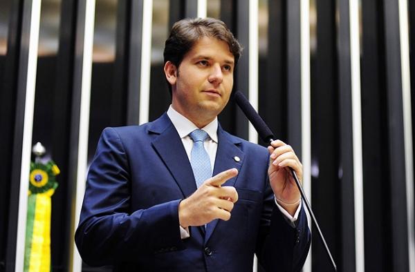 PF aponta elo de deputado Luiz Argôlo com laboratório de doleiro