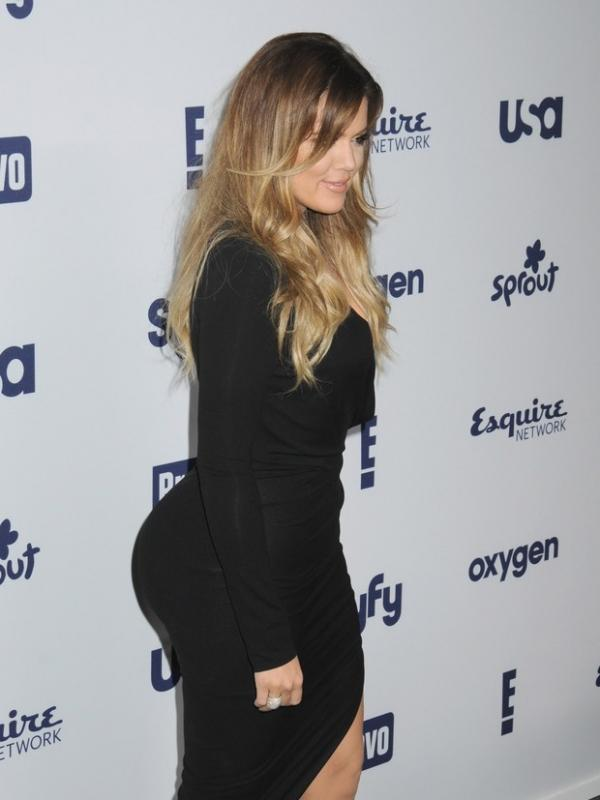 Popozão de Khloe Kardashian chama atenção e vira assunto na web