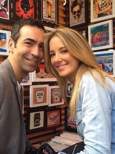 Ticiane Pinheiro posta foto com namorado César Tralli: