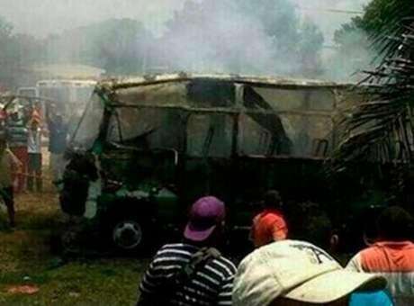 Colômbia: ao menos 26 pessoas morrem em incêndio em ônibus