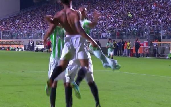 Com gol impedido, Nacional elimina Galo e atletas festejam  la R10 e J