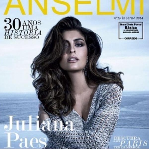 Juliana Paes mostra capa de revista e dispensa a modéstia: