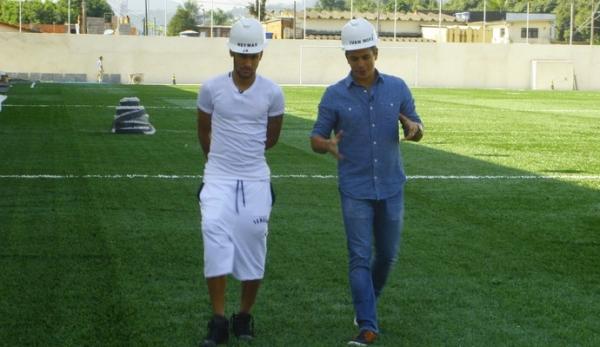 Neymar dá exclusiva ao EE: