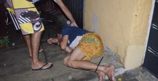 População captura e lincha acusado de furtos em Parnaíba
