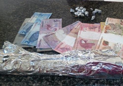 Após investigação, homem é preso com maconha e dinheiro no litoral do Piauí - Imagem 3
