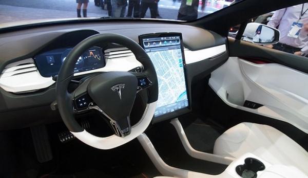 Especialista alerta sobre vírus em gadgets vestíveis e carros conectados