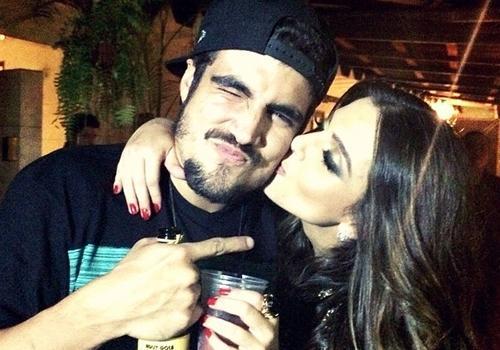 Giovanna Lancellotti homenageia Caio Castro em rede social: