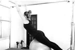 Kelly Key faz Pilates e exibe boa forma: ?estou adorando