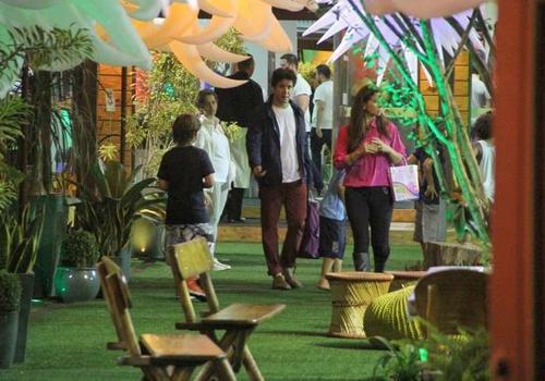 Giovanna Antonelli e Murilo Benício fazem festa para o filho