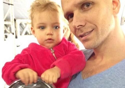Fernando Scherer posta foto com a filha Brenda: