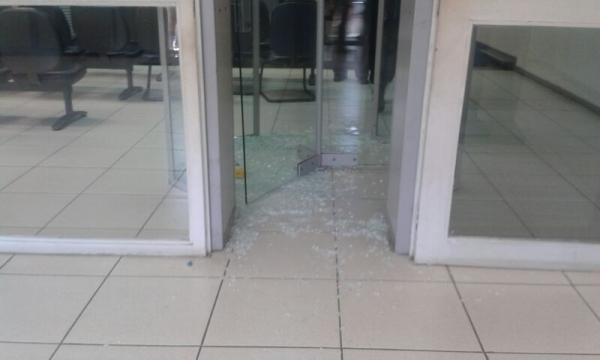 Bandidos fortemente armados assaltam agência do BB de São Miguel do Tapuio