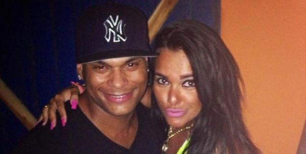 Record convida marido de Scheila Carvalho e ex-amante para reality show