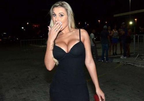 Chateado? Andressa Urach diz que Cauã Reymond a bloqueou no WhatsApp