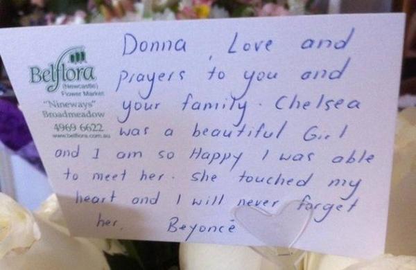 Beyoncé escreve bilhete à mão para família de fã vítima de câncer