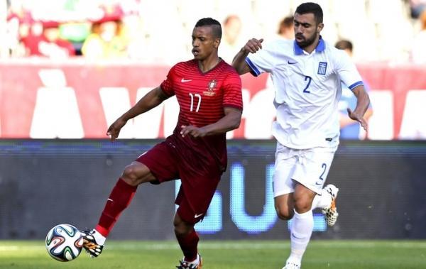 Com o torcedor CR7, Portugal fica no zero com Grécia em saideira pré-Copa