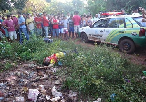 Polícia prende os acusados de assassinar mototaxista a facadas no interior do Piauí