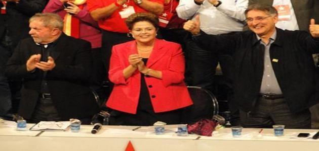 """Contra seus adversários """"raivosos"""", Lula propõe """"Dilminha paz e amor"""""""