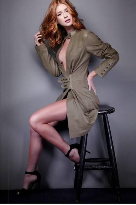 Ap cortar cabeleira, Marina Ruy Barbosa posa para fotos sensuais com superdecote