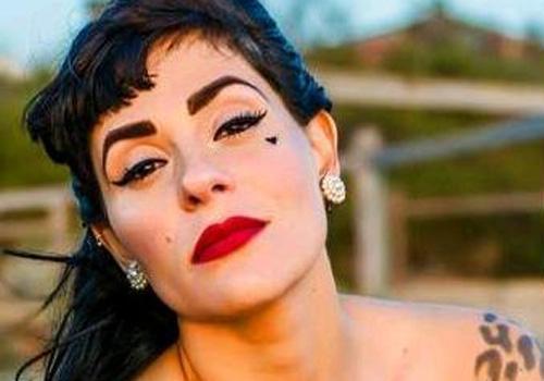 Com o filho no braço, maquiadora brasileira é encontrada morta pelo marido na Austrália