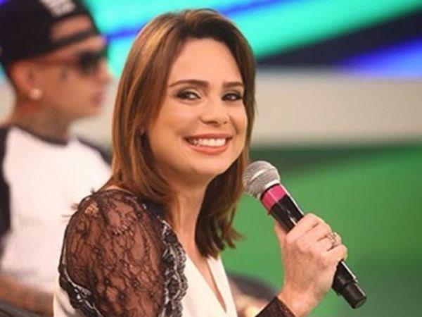 Jornalista Rachel Sheherazade ganha novo programa no SBT