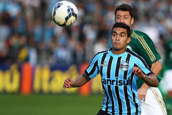À espera de Gareca, Palmeiras segura Grêmio e fica no zero