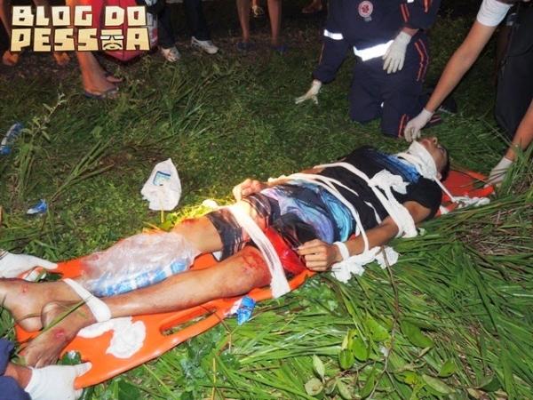 Pedestre fica em estado grave após ser atropelado por moto na BR 402