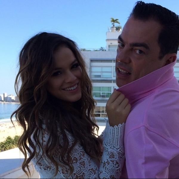 Enquanto Neymar está concentrado, Bruna Marquezine posa para revista
