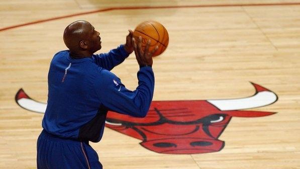 Michael Jordan é o primeiro atleta a entrar na lista de bilionários
