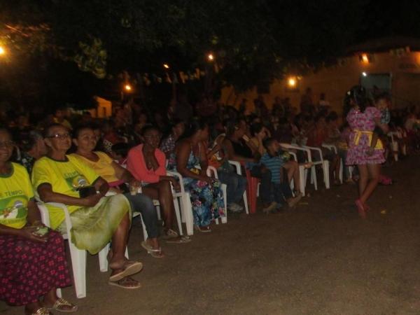 Festa Junina Realizada pelo CRAS - Imagem 8