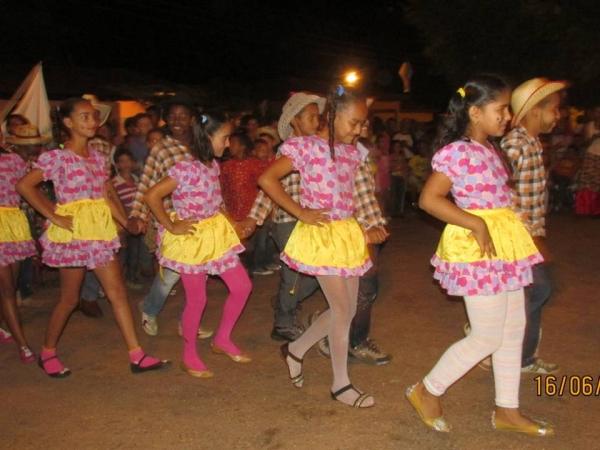 Festa Junina Realizada pelo CRAS - Imagem 20