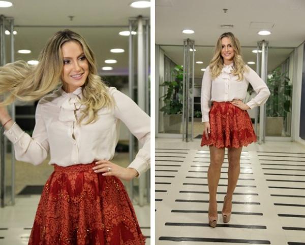Claudia Leitte nega que tenha dado vestido de presente de R$ 11 mil para Jennifer Lopez