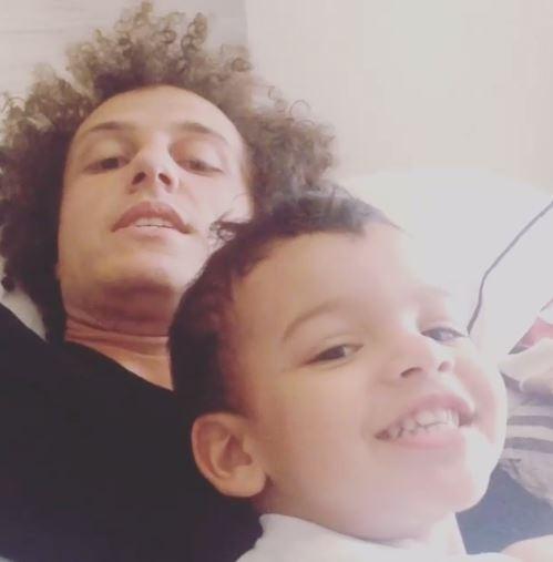 De folga após empate com México, David Luiz curte sobrinho