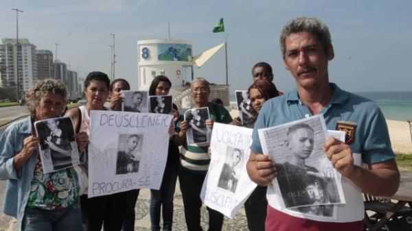 Familiares de menor desaparecido fazem protesto na Barra