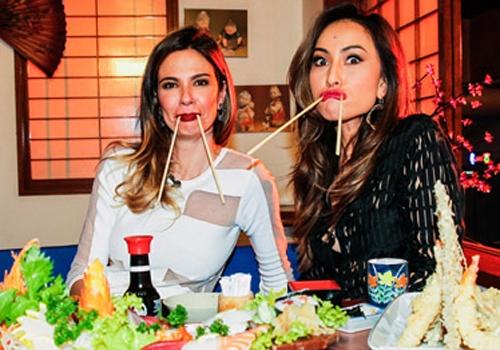 Luciana Gimenez e Sabrina Sato almoçam juntas em São Paulo