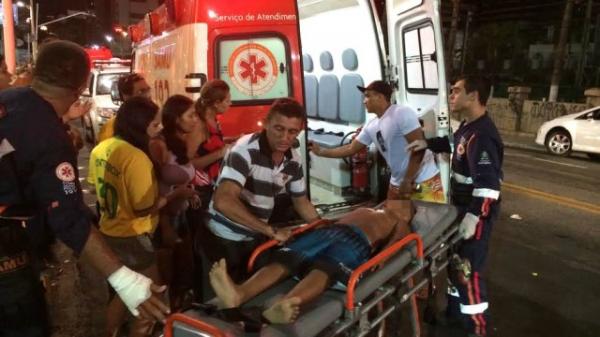 Menino de 7 anos  ferido por bala perdida do lado de fora do Fifa Fan Fest em Fortaleza
