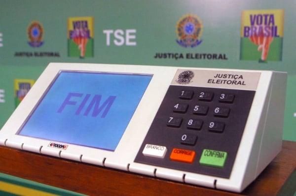 Eleitor pode se inscrever para atuar como mesário nas eleições 2014