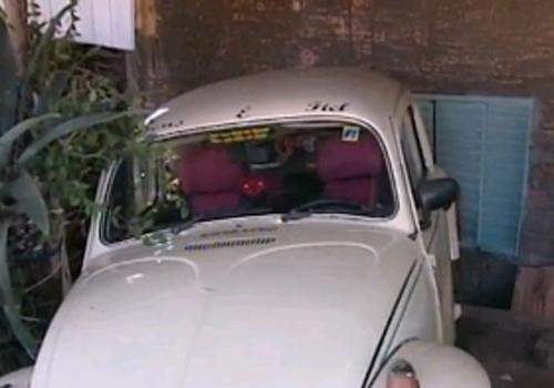 Menino morre na garagem de casa ao ser atingido por carro dirigido pelo pai