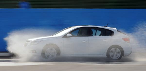 Chevrolet Cruze Sport6, esquecido pela crítica, é hatch médio de respeito
