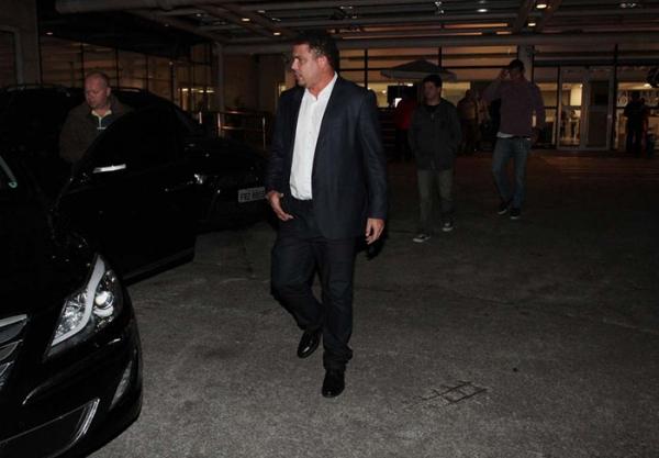 Ronaldo Fenômeno visita Wanessa na maternidade, em São Paulo